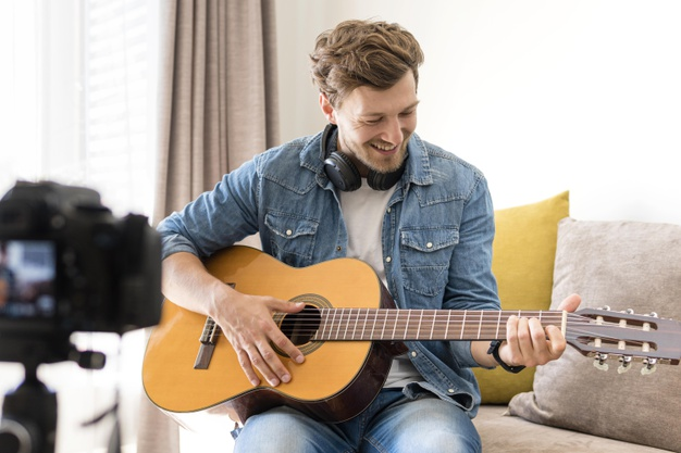 sugo music blog guitar lessons at home